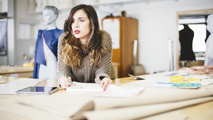 what to do to become a fashion designer